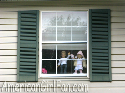 Elizabeth and Julie in the window1