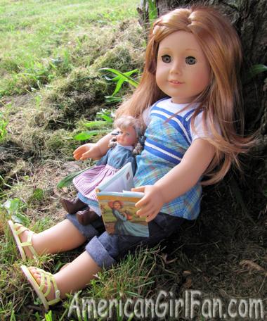 Reading to mini kirsten