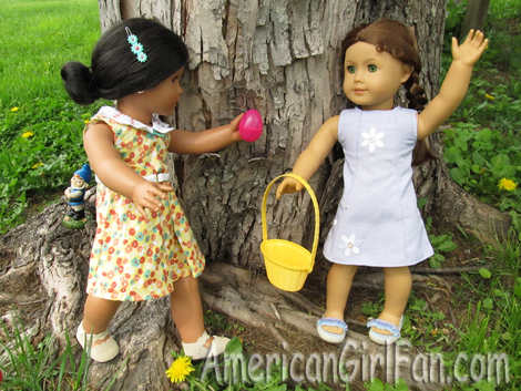 Felicity and Josefina with an egg2