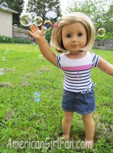 Kit grabbing bubbles