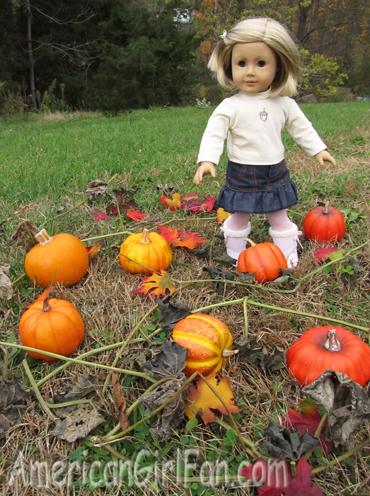 Kit with pumpkins1