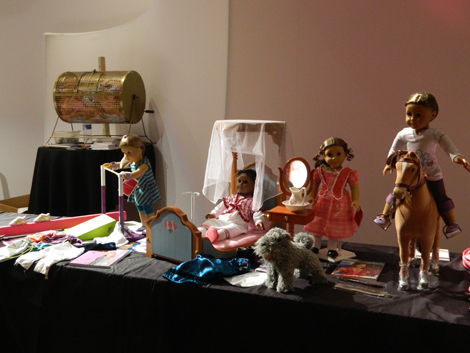 More doll stuff for auction