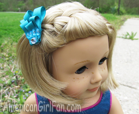 Kits hairstyle with clip