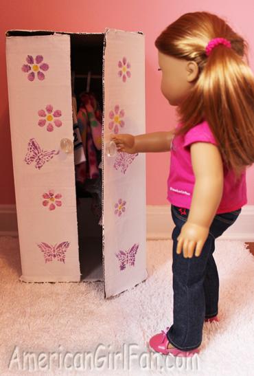 Mia opening closet
