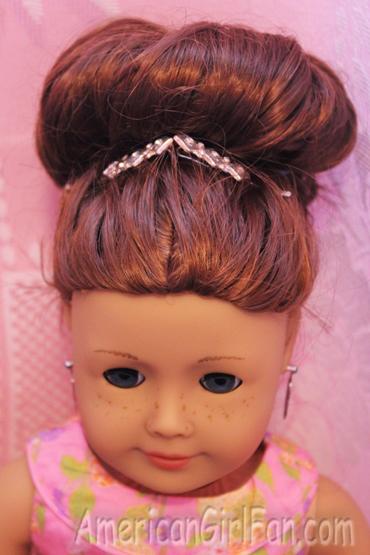Wondrous Fancy Bun Hairstyles For Curly Doll Hair Americangirlfan Hairstyles For Women Draintrainus