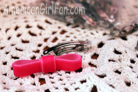Bow with clips