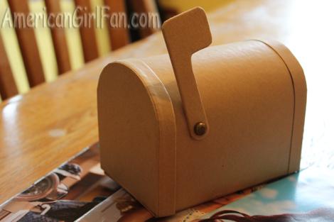 Mailbox cardboard