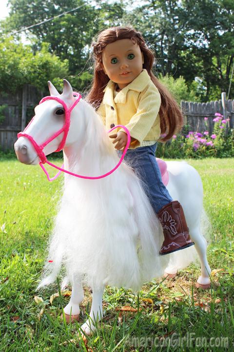 Felicity on horse2