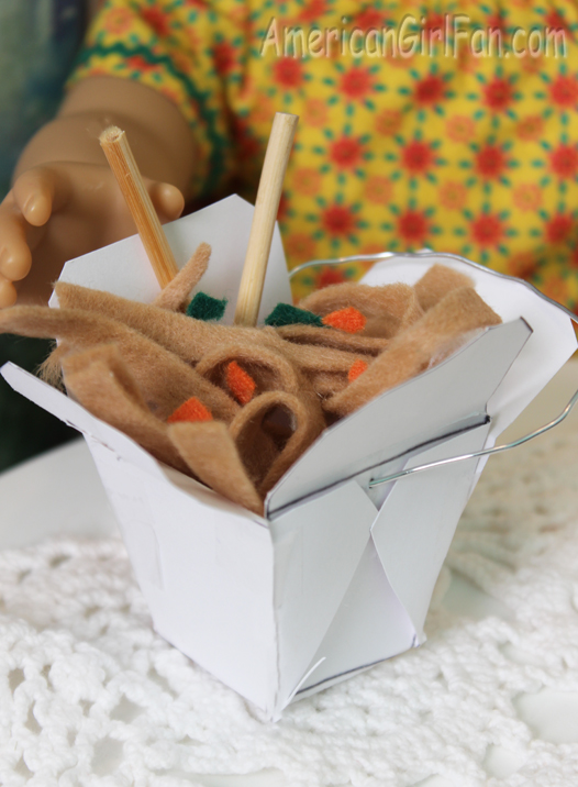 Doll food craft chow mein and chinese takeout box free for Cuisine 800 wow