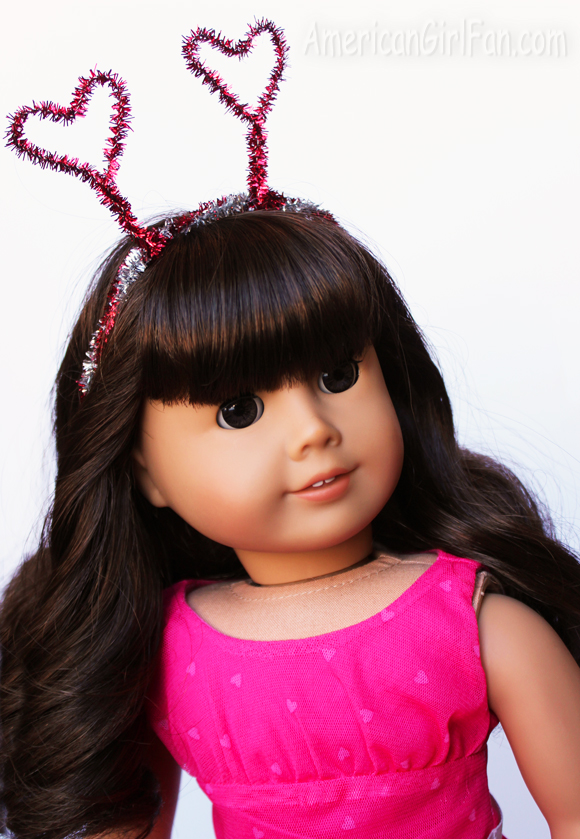 How To Make A Valentine's Day Doll Headband