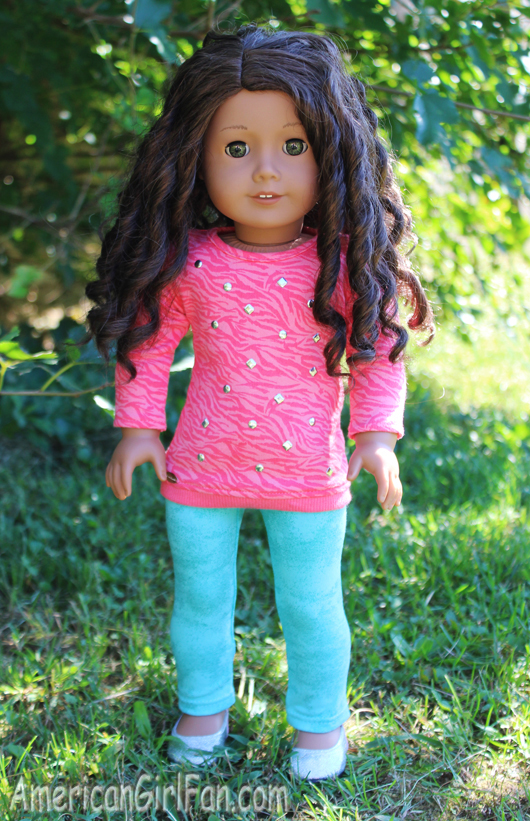 Kenley Wearing The Cool Coral Outfit