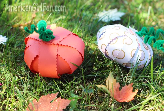 Paper Pumpkins (via AmericanGirlFan.com click through for tutorial)