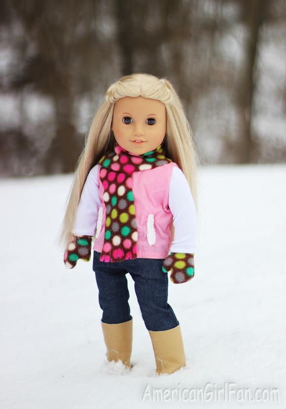 Giveaway Gracie S Doll World Fleece Scarf Amp Gloves Set
