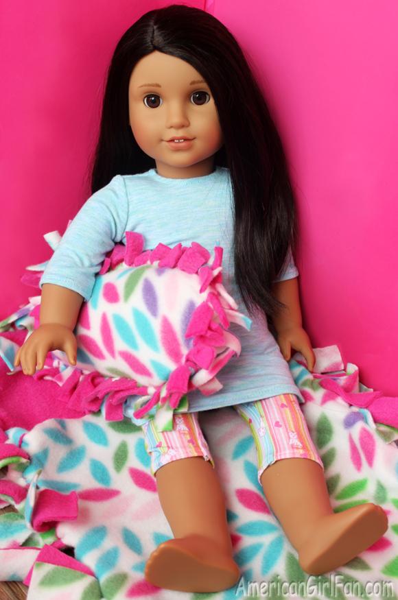 American Girl Doll Craft No-Sew Sleeping Bag